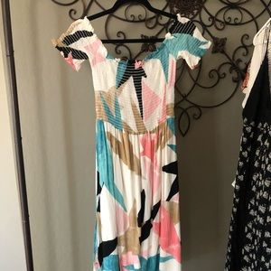 Color Block off-the-should Midi Dress
